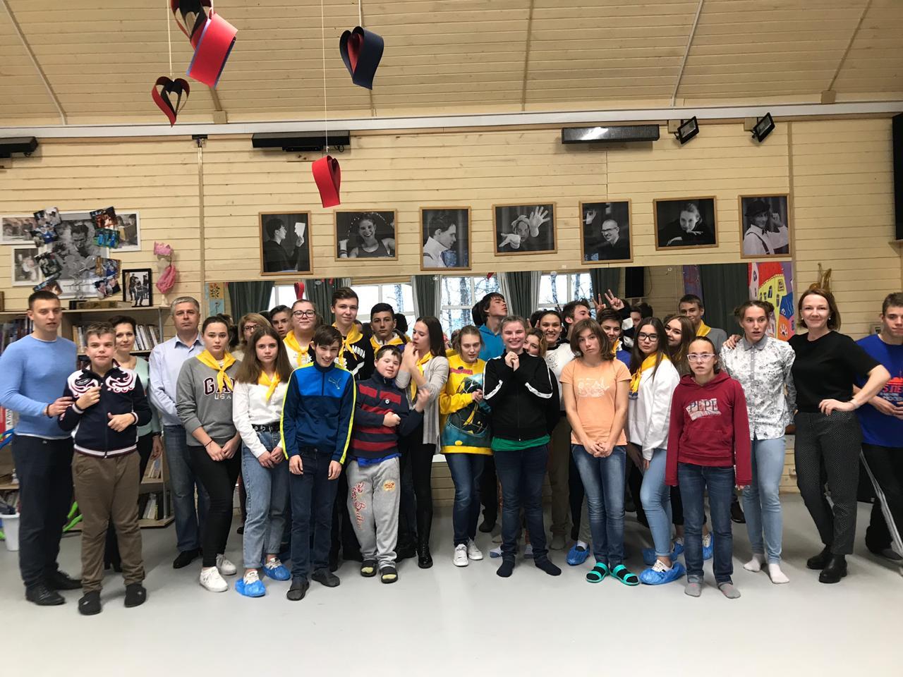Активисты Щаповского присоединились к проекту «Подари улыбку»