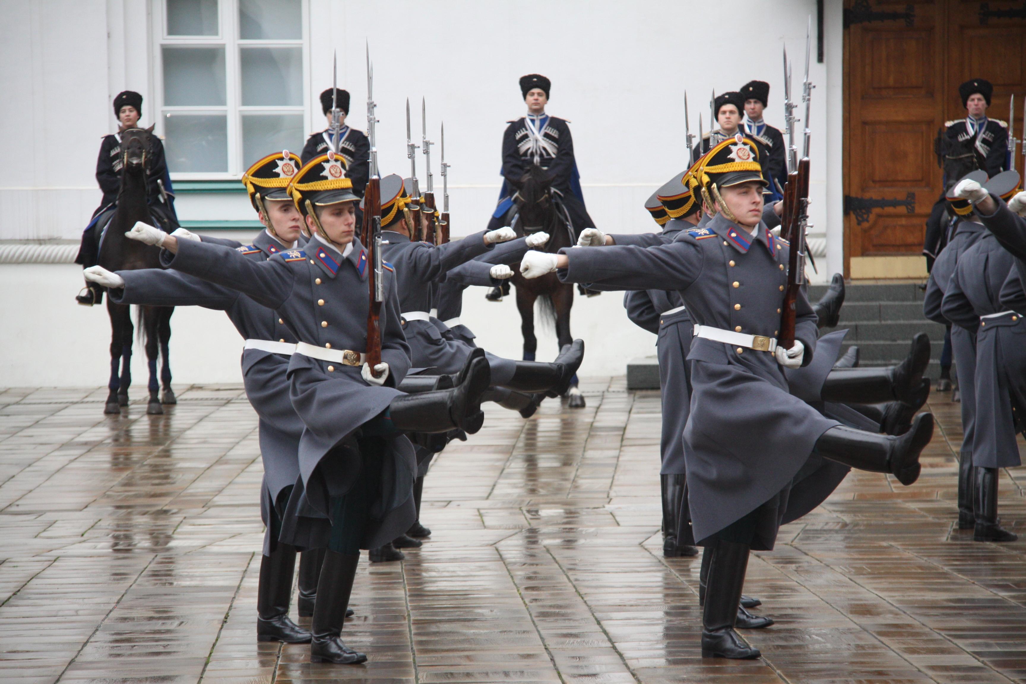 В Кремле анонсировали последнюю церемонию развода караулов