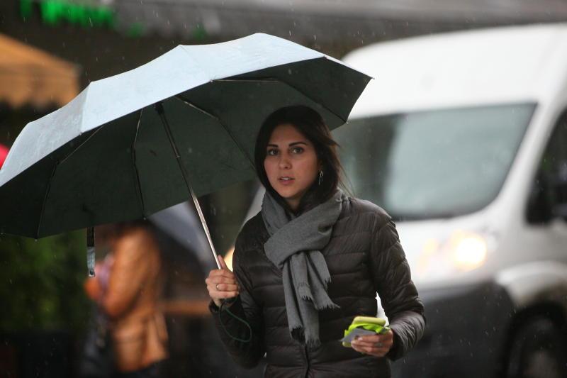 Москвичам пообещали прохладную и дождливую неделю