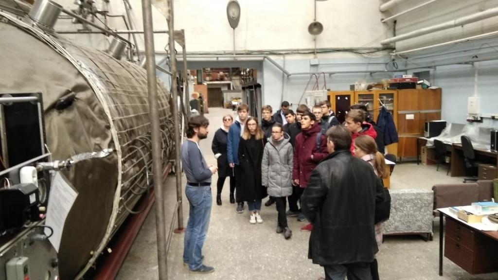 Школьники Десеновского посетили экскурсию в Институте ядерных исследований