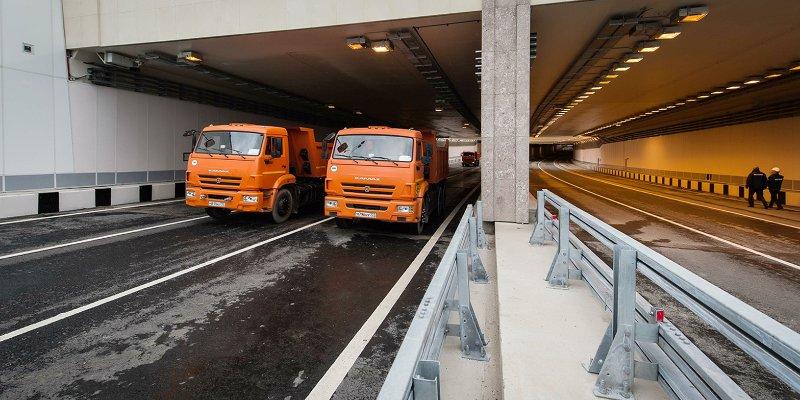 Открытую часть тоннеля дороги к аэропорту Остафьево построили