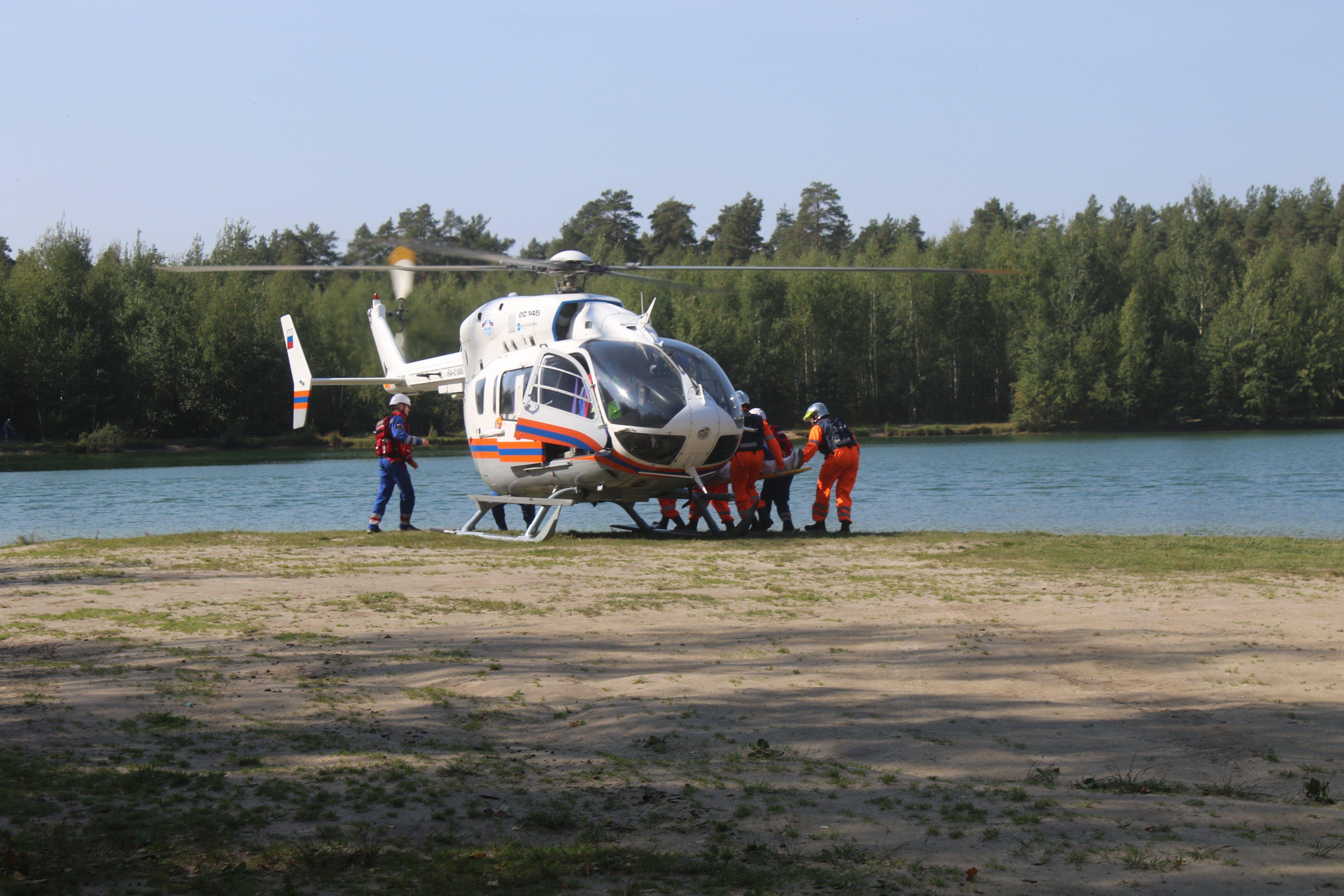 Более 470 человек эвакуированы в лечебные учреждения столицы вертолетами МАЦ с начала года