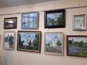Выставка икон и картин «Наш храм глазами художников» . Фото: Кирилл Николаев