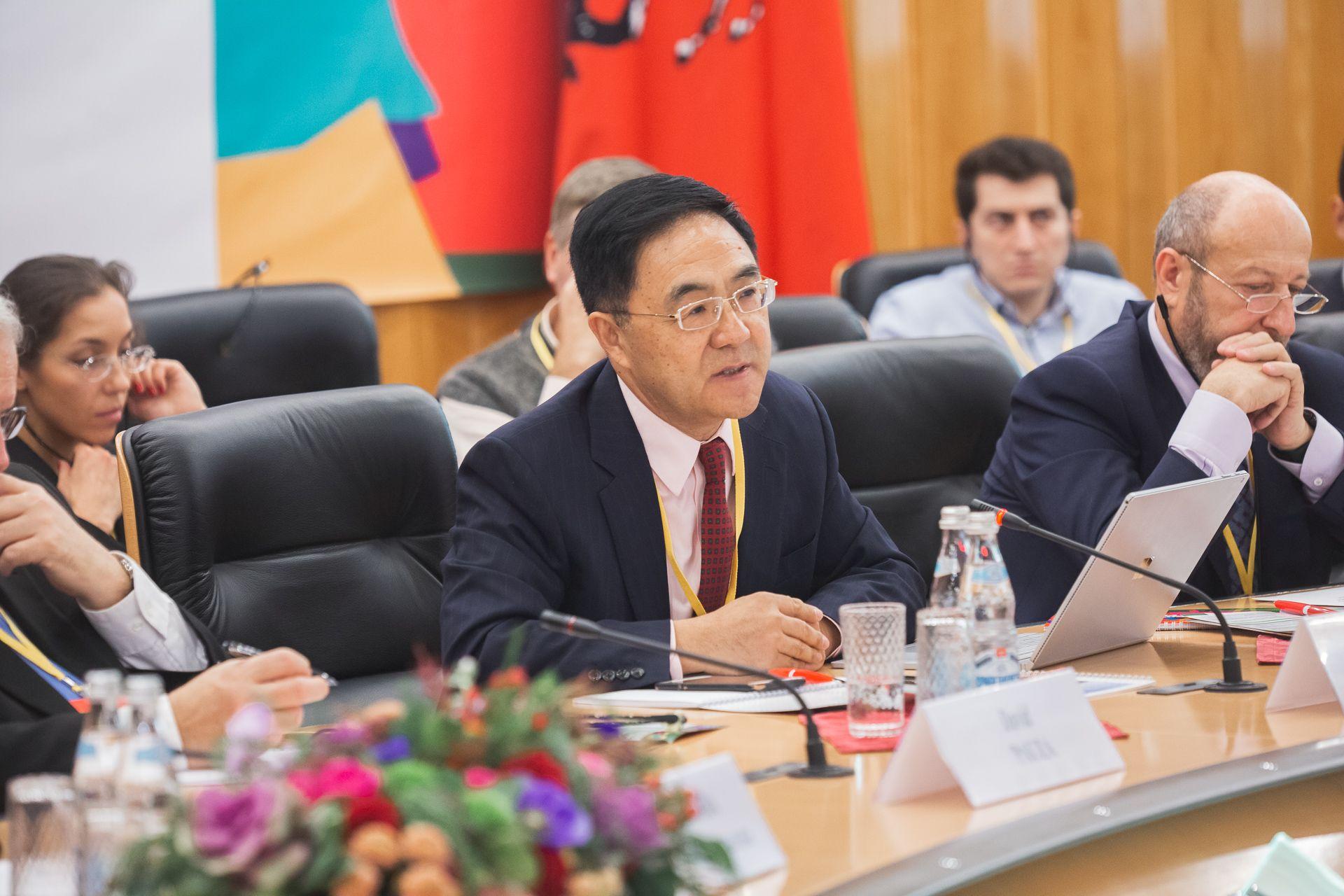 Ученые из Китая выступили за усиление взаимодействия в науке и медицине