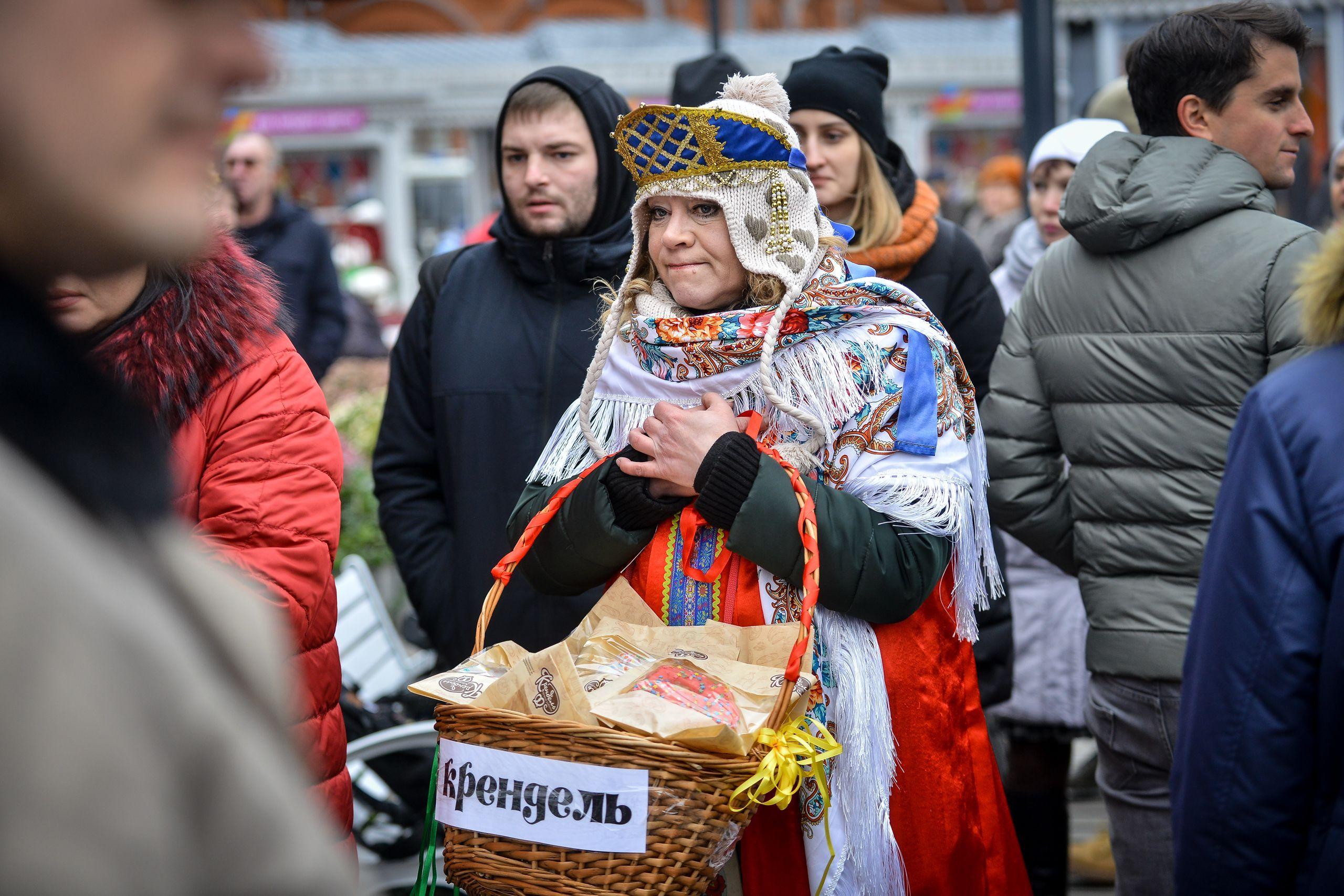Москвичей позвали на фестивали искусства и музыки в праздничные дни