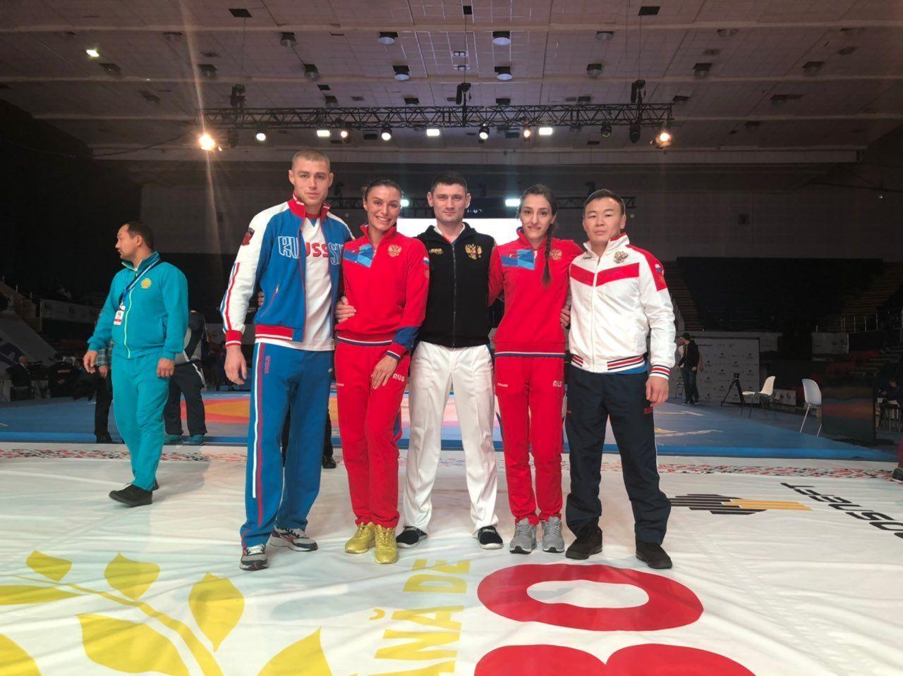 Секретарь Общественного совета при УВД по ТиНАО Яна Костенко завоевала золотую медаль и стала обладательницей титула четырехкратной чемпионки мира по самбо