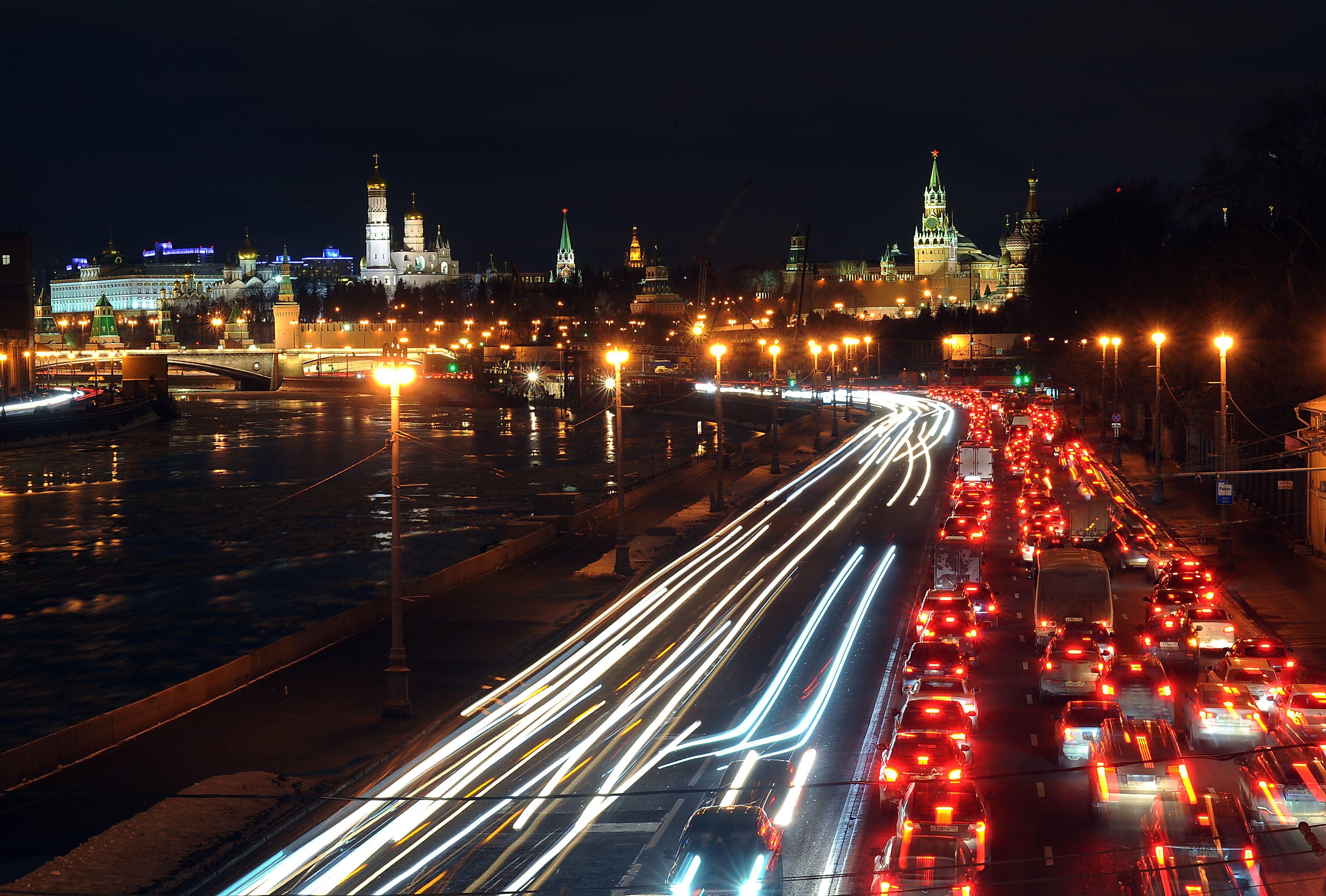 Пик новогодних пробок в Москве придется на 24-28 декабря