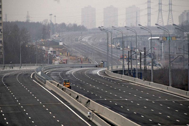 Более миллиона «квадратов» дорог обновят в Новой Москве в 2019 году