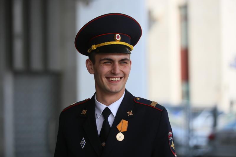 Отдел полиции запланировали создать для обслуживания Большой кольцевой линии метро. Антон Гердо, «Вечерняя Москва»