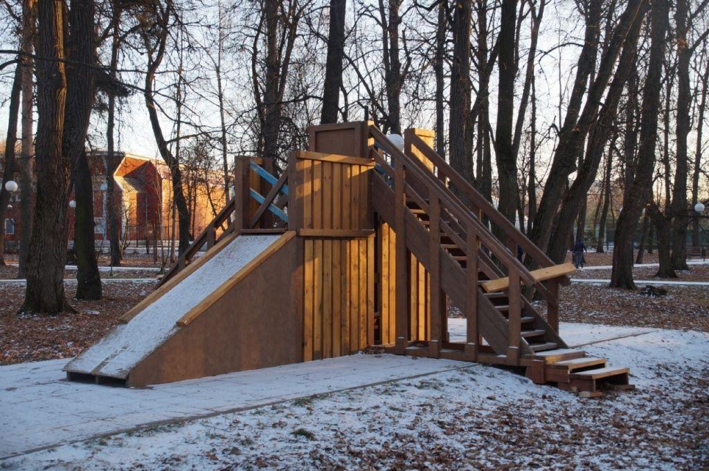 Дети из Мосрентгена смогут проводить досуг на деревянно-ледовых горках