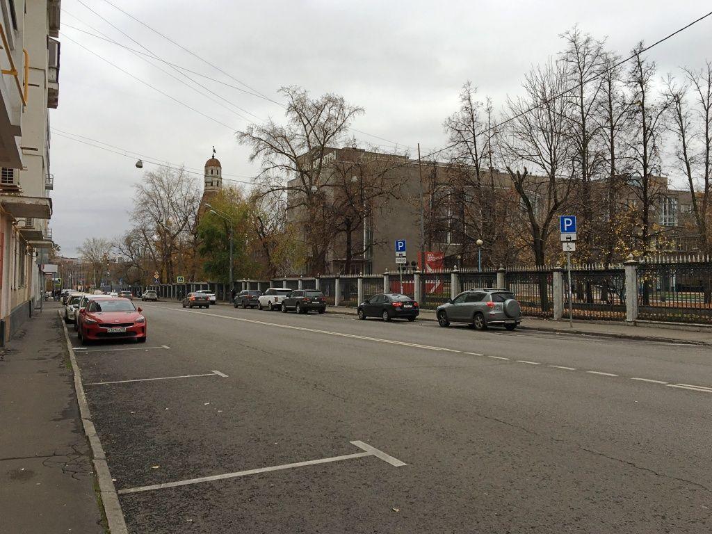 Почти 80 новых парковок появится во Внуковском