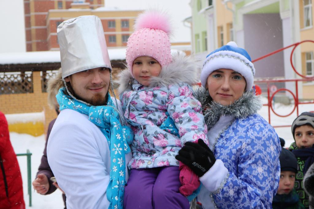 Активисты из Рязановского организовали танцевальный флешмоб для детей