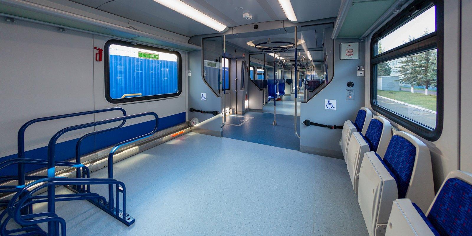 Поезда «Иволга» оборудуют информационными экранами
