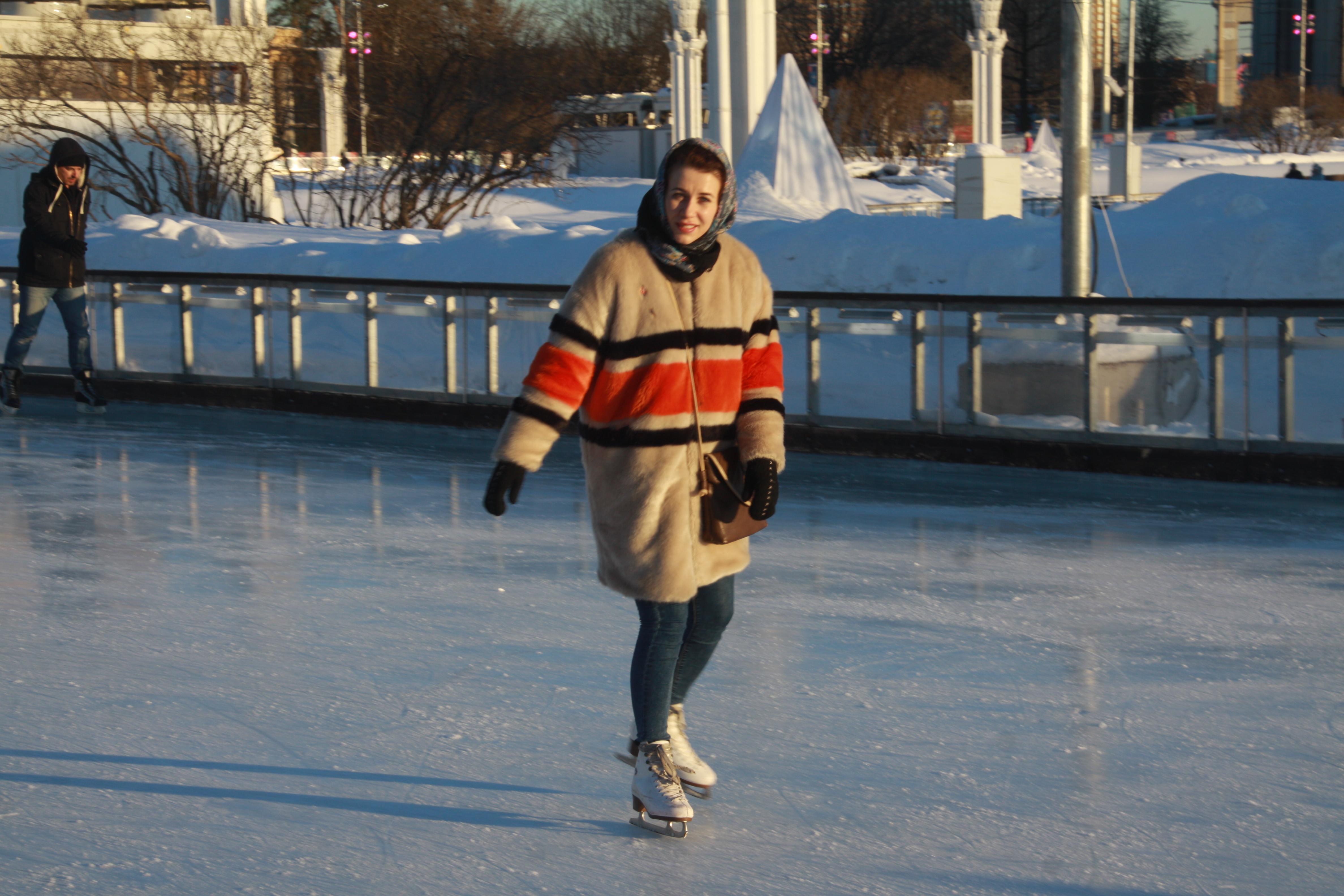 Более полуторы тысячи катков откроют в Москве зимой