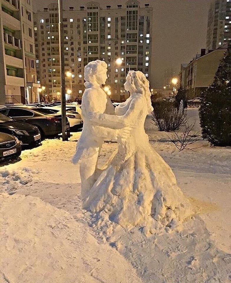 Стоп-кадр: Раз, два, три, фигура из снега замри