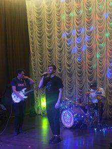Музыкальная группа Castle Heat исполнили песни американских инди-групп. Фото: Юлия Панова