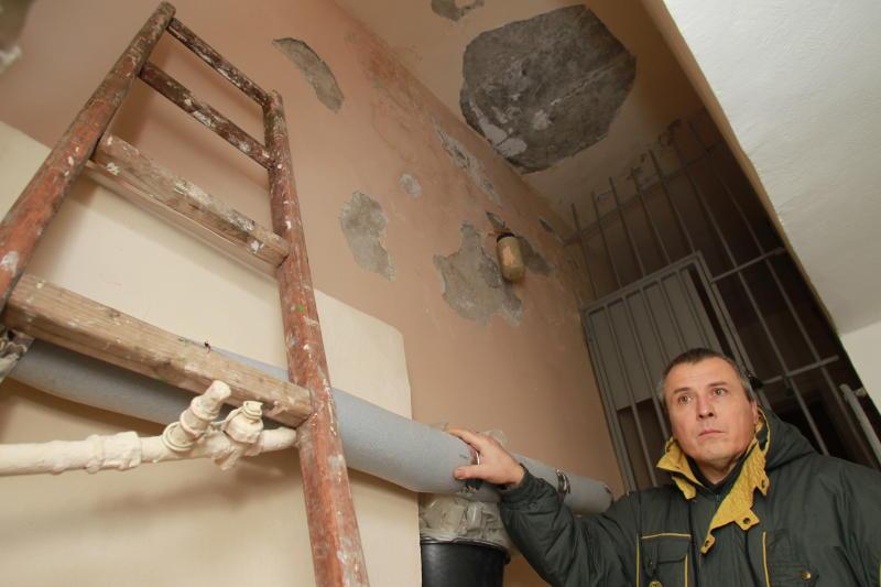 Чердаки и подвалы многоквартирных домов осмотрели в Новофедоровском