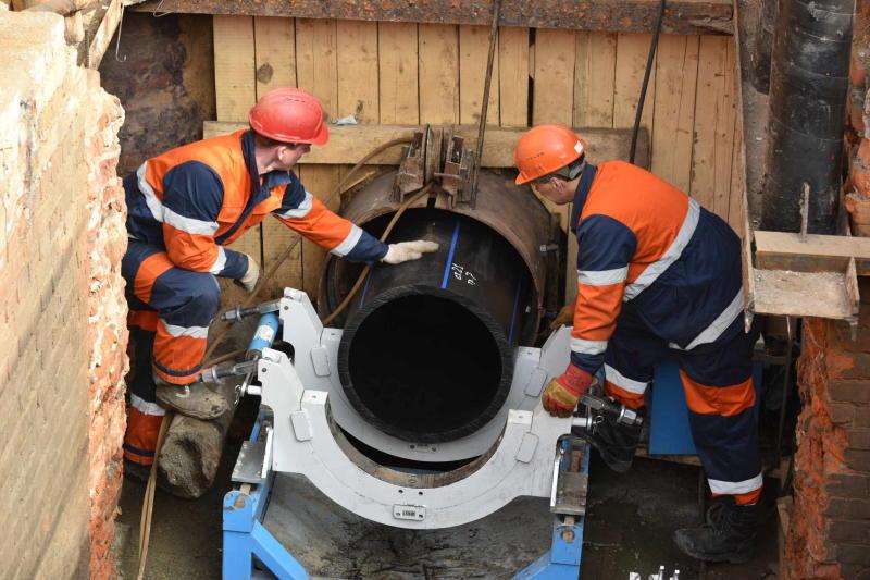 Капитальный ремонт труб завершился в жилом доме Кокошкина