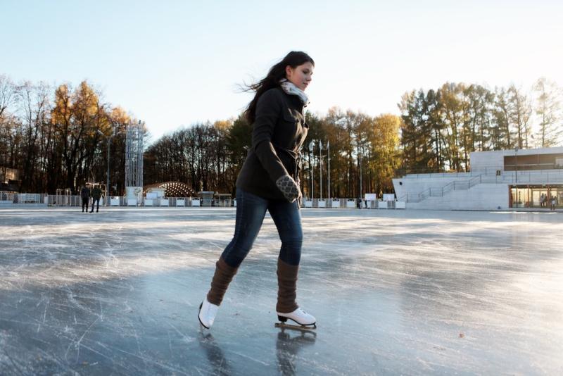 Танцы на льду: специалисты зальют каток в Роговском. Фото : архив, «Вечерняя Москва»