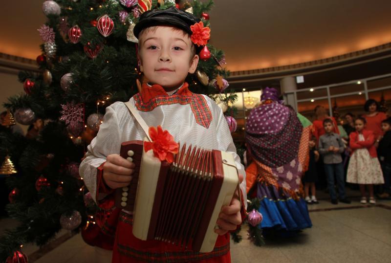Коробка счастья: активисты из Вороновского вручат подарки детям