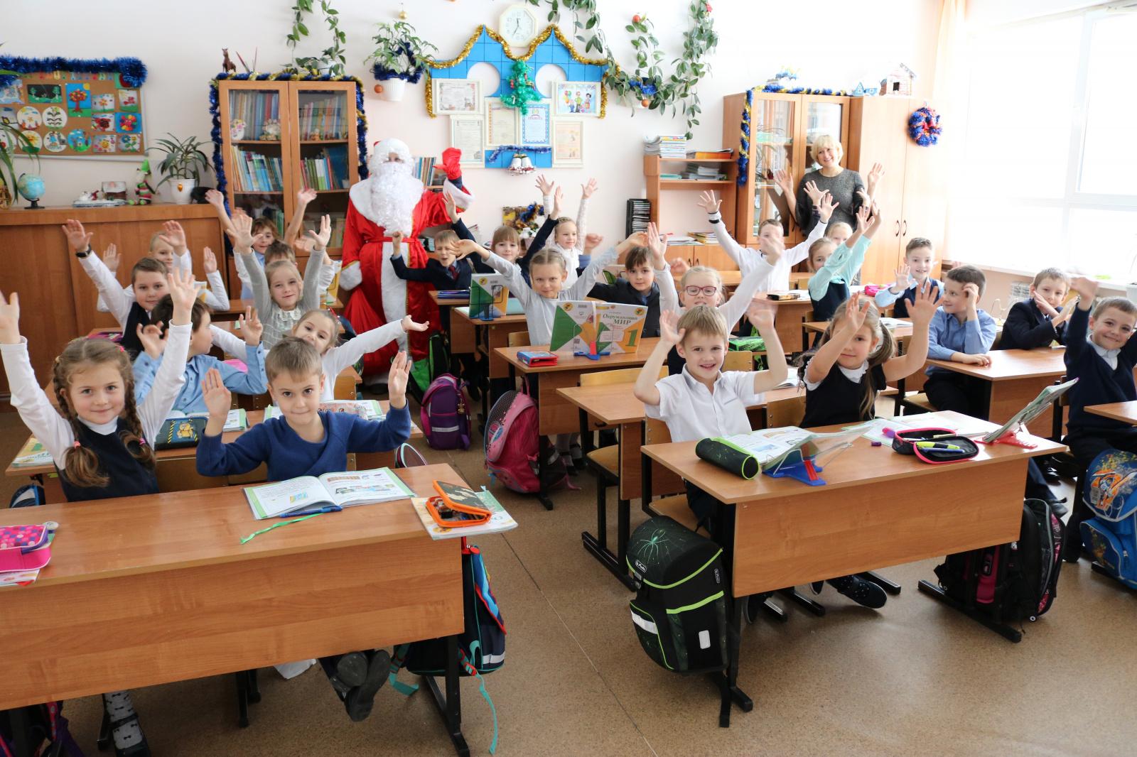 Представители Молодежной палаты поздравят малышей из Рязановского