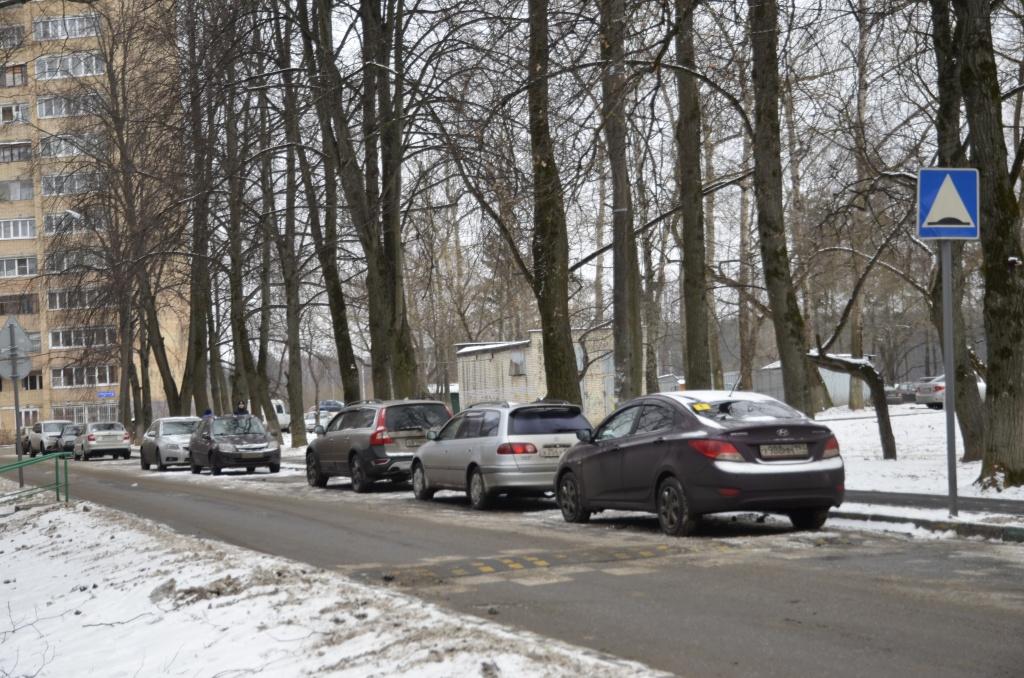Девять парковок отремонтировали в Роговском с начала 2018 года