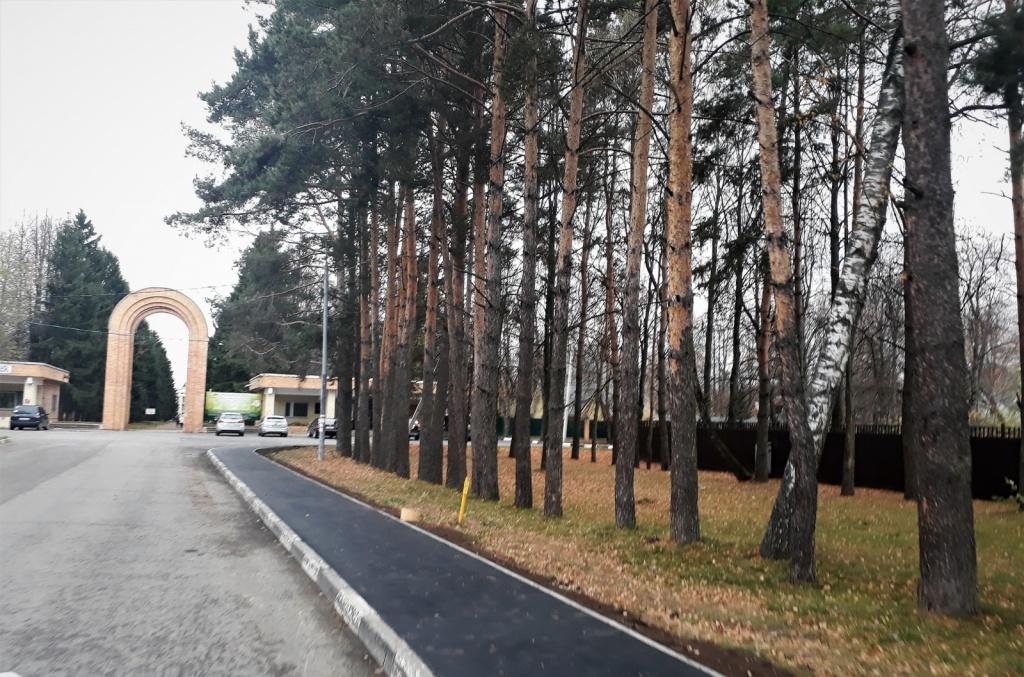 Порядка 150 квадратных метров тротуара обновили в Рязановском