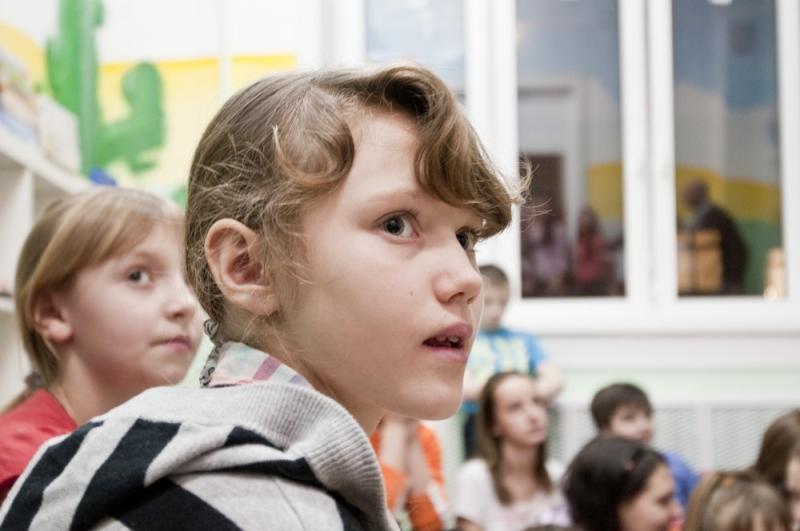 Дети из реабилитационного центра в Первомайском получат подарки