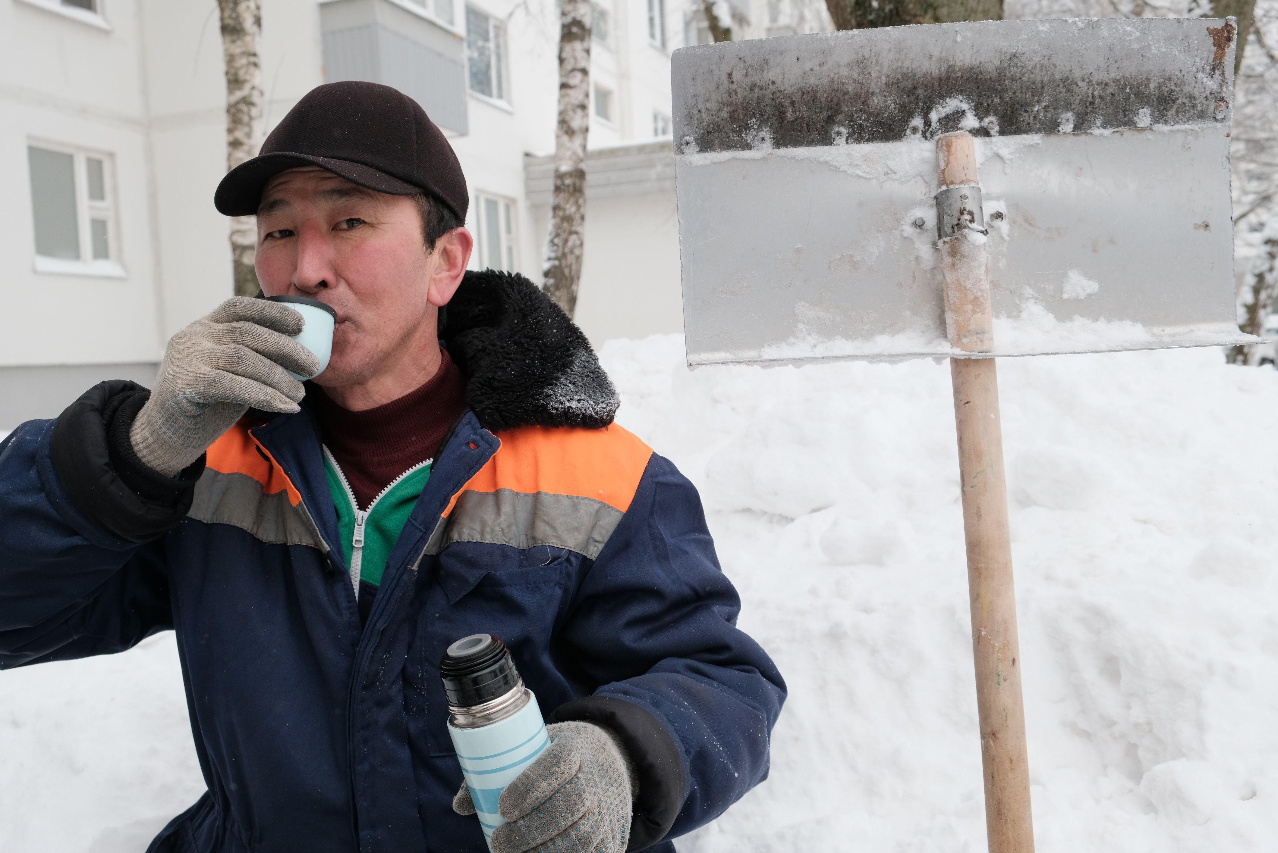 Московский врач призвал согреваться какао вместо кофе и алкоголя