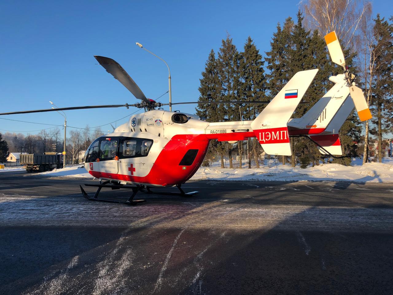 Пострадавшего эвакуировали санитарным вертолетом