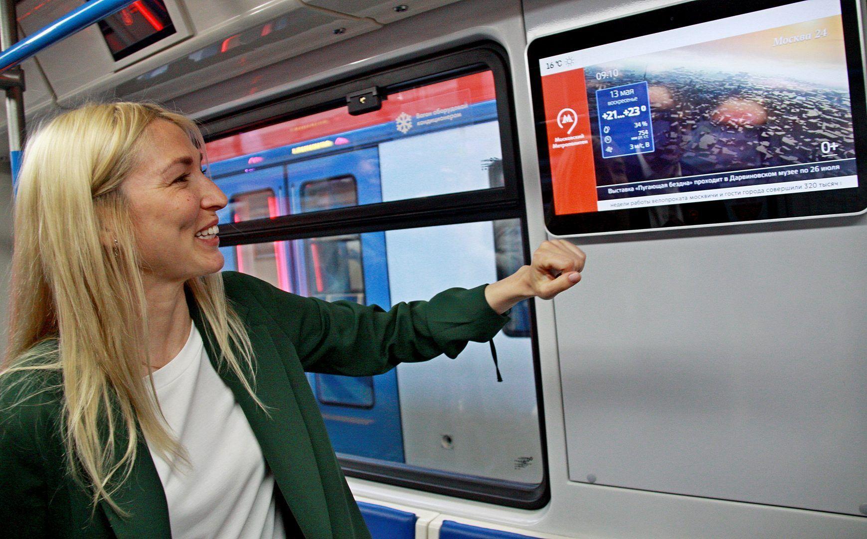 Для отделки новых вагонов использованы гигиенические материалы, которые легко очищается. Фото: Павел Волков, «Вечерняя Москва»