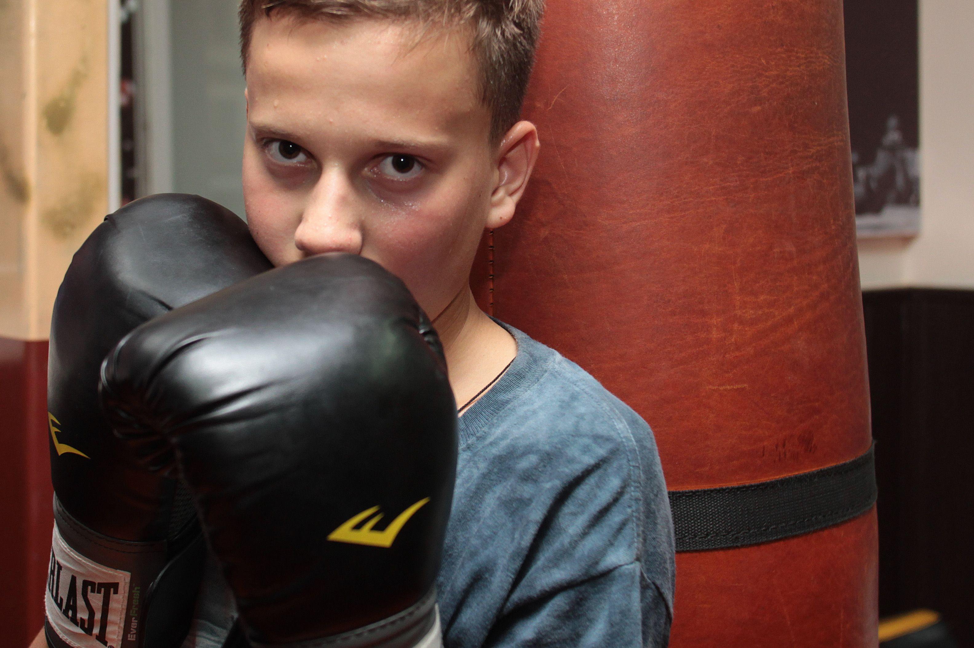 Щербинские спортсмены провели спарринги по боксу