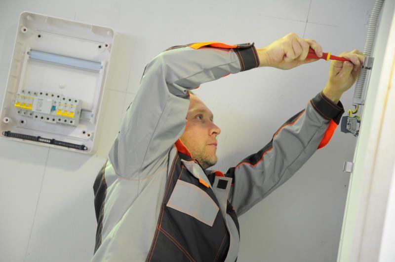 Электрооборудование отремонтируют в нескольких домах Сосенского