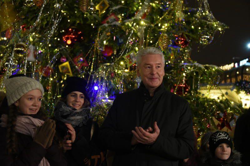 Количество туристов в Москве на новогодних праздниках превысило показатели ЧМ-2018