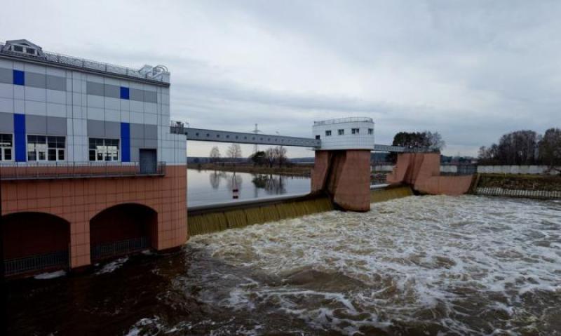 Плотину на реке Десна в Рязановском реконструировали