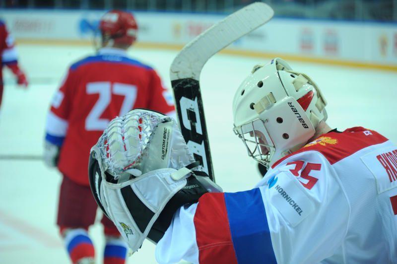 Хоккеисты из Щаповского одержали победу в гостевой встрече