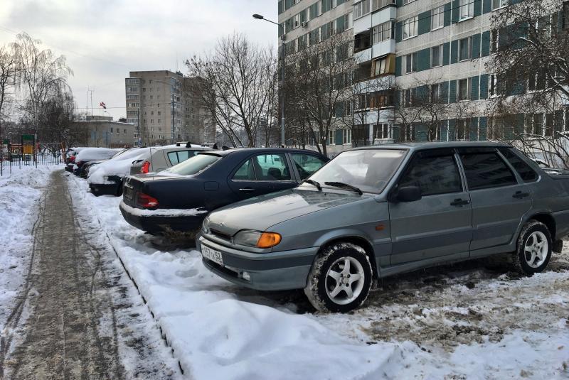 Более четырех тысяч брошенных автомобилей нашли активисты в 2018 году