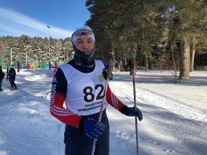 Самый старший участник лыжной гонки Валерий Белоконь. Фото: Анастасия Аброськина