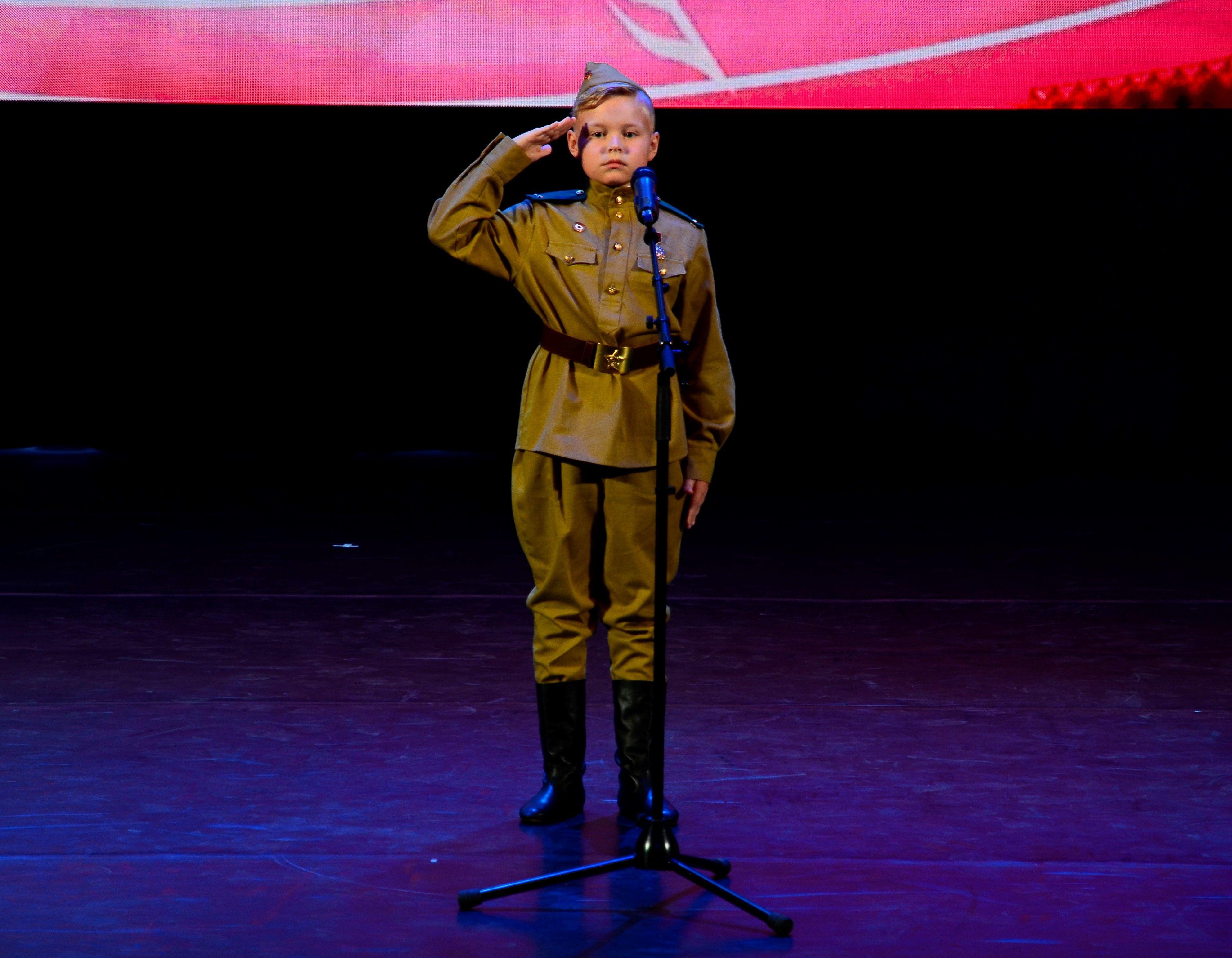 Празднуем День защитника Отечества: самые яркие мероприятия Новой Москвы для настоящих мужчин