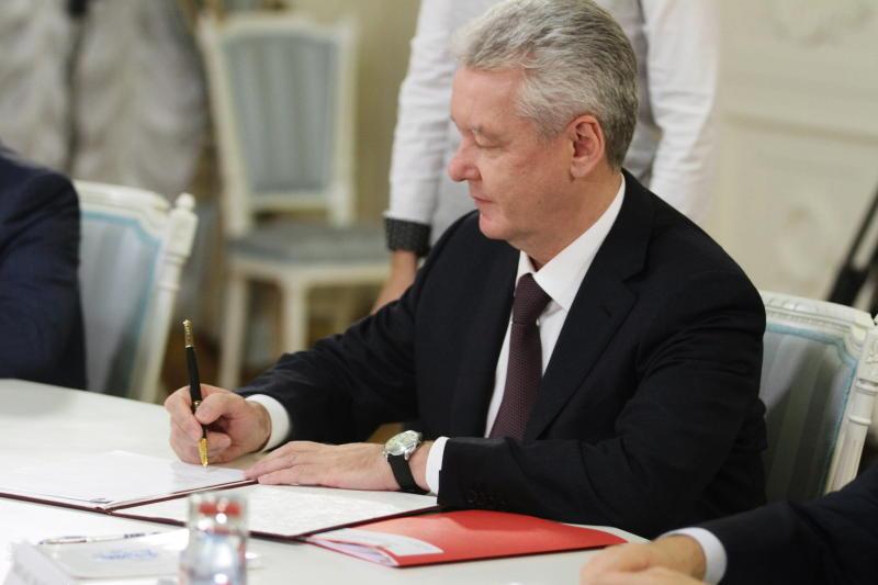 Сергей Собянин подписал документ о сотрудничестве с производителем лекарств
