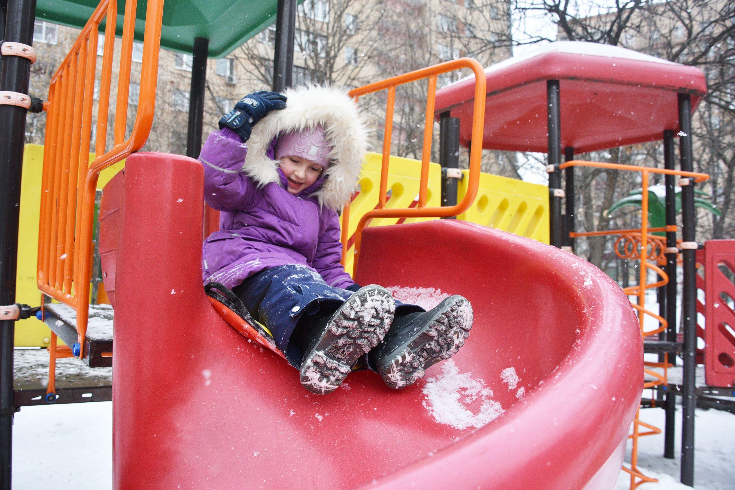 Обновленные детские площадки оборудуют для жителей Михайлово-Ярцевского в 2019 году