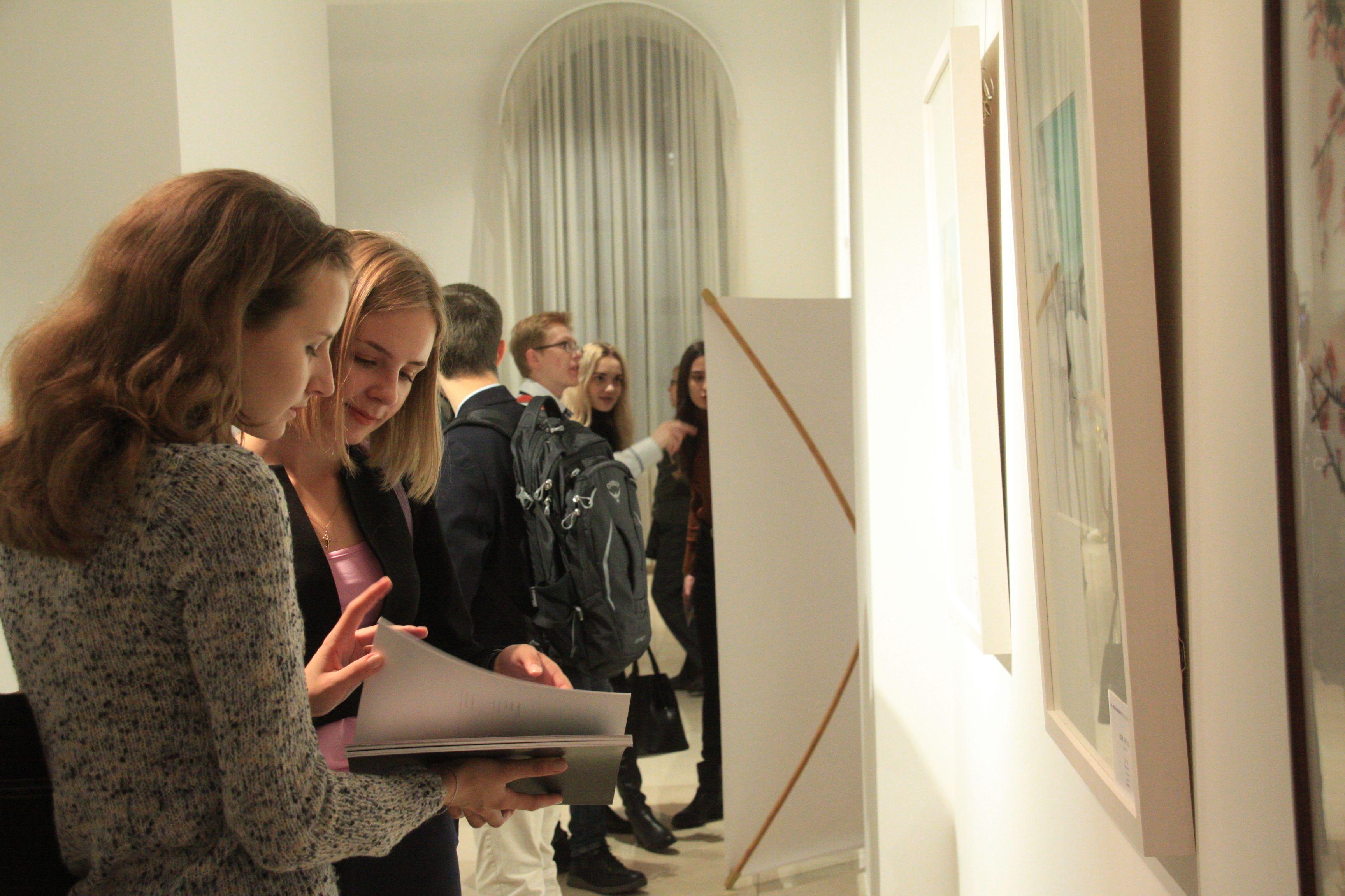 Троицкий дом ученых покажет выставку картин Юлии Воробьевой
