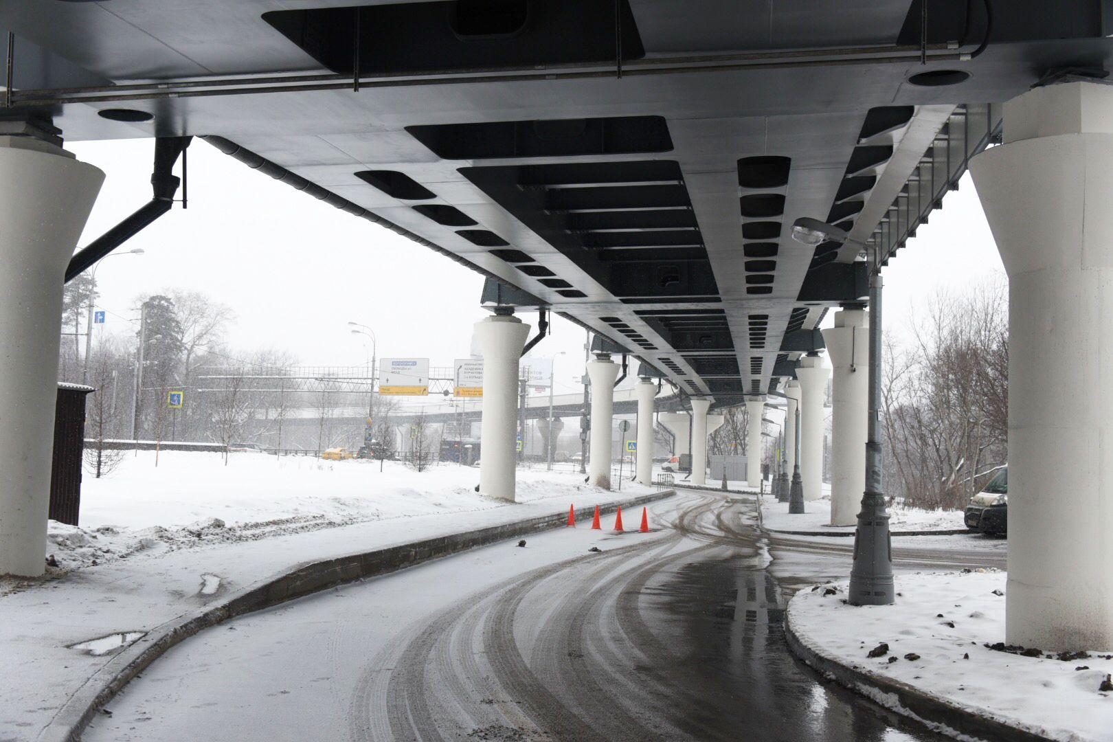 Специалисты завершили монтаж пролетных строений съезда до поселка Коммунарка