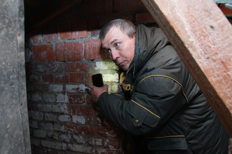Подвалы и чердаки домов проверили в Киевском