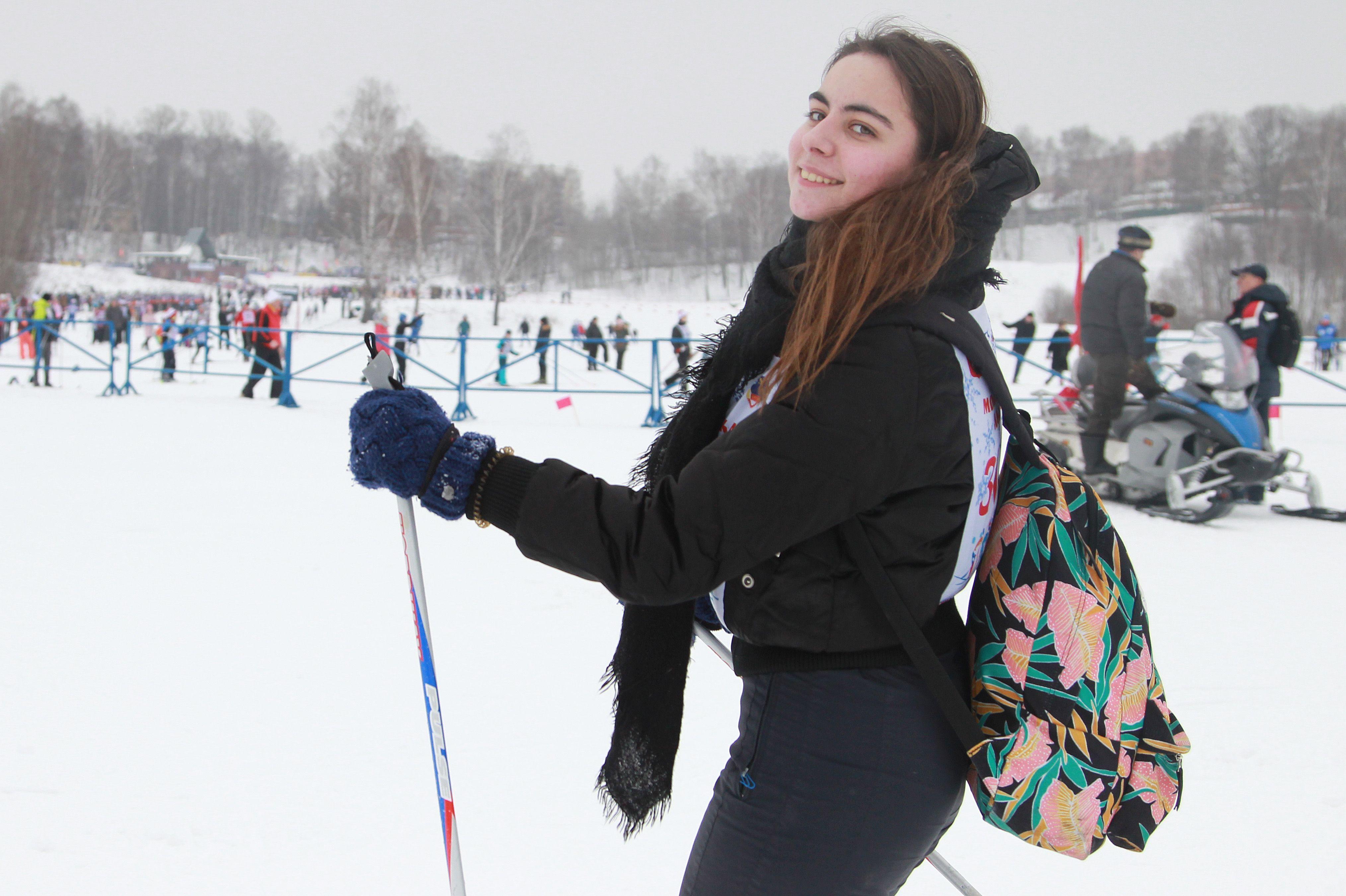 Строительство лыжной трассы завершили сотрудники клуба «Медведь» в Шишкином Лесу