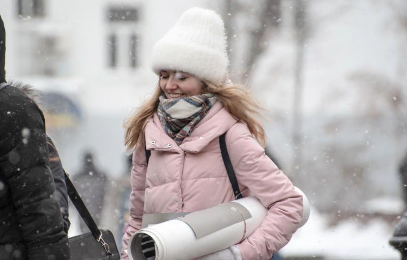 Москвичей ждет морозный и ветреный вторник