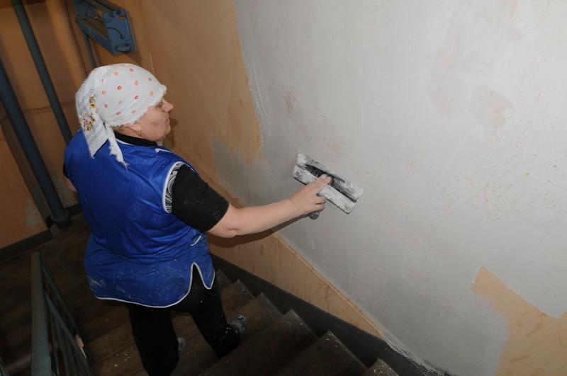 Плановый ремонт начали с дома №17. Фото: Петр Болховитинов