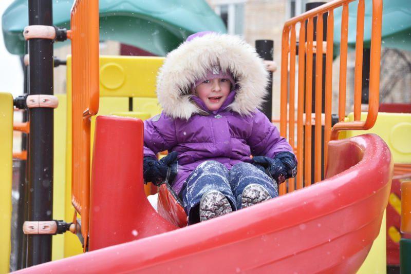 Ремонт детских и спортивных площадок проведут в Филимонковском