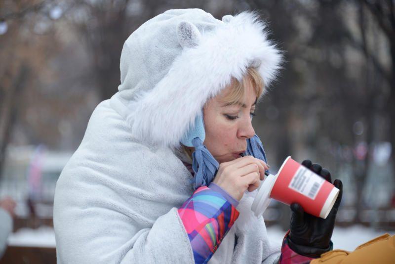 Раздача чая около станции Комсомольская продолжится до 24 февраля