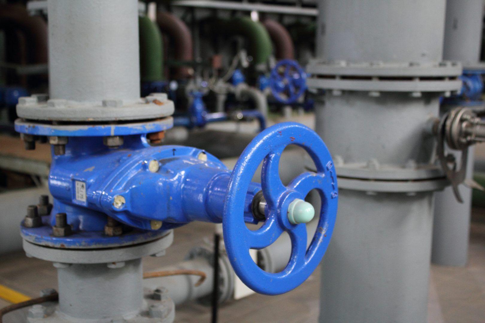Замену системы противопожарного водоснабжения заменили в жилых домах в Троицке. Фото: Мария Иванова